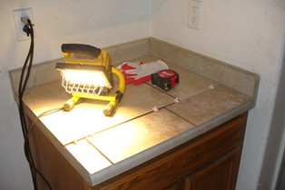 Geo's Kit Countertop Surface Laid