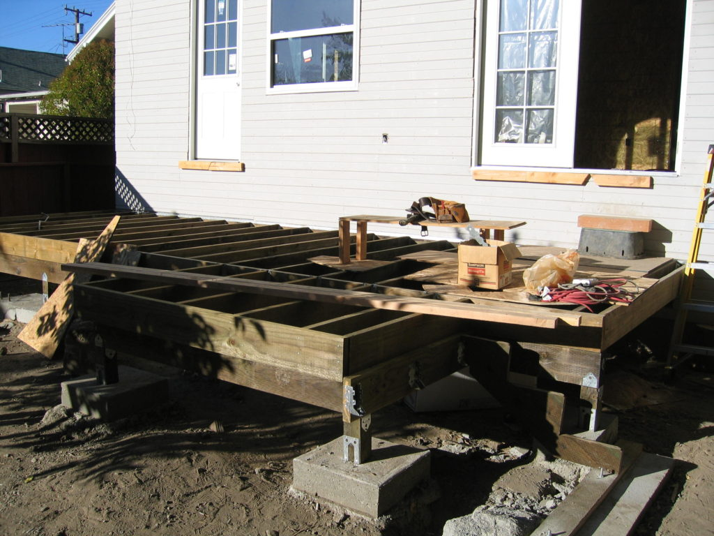 Den's Composite Deck Framing